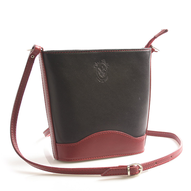 Černo červená kožená crossbody kabelka ItalY Bryana