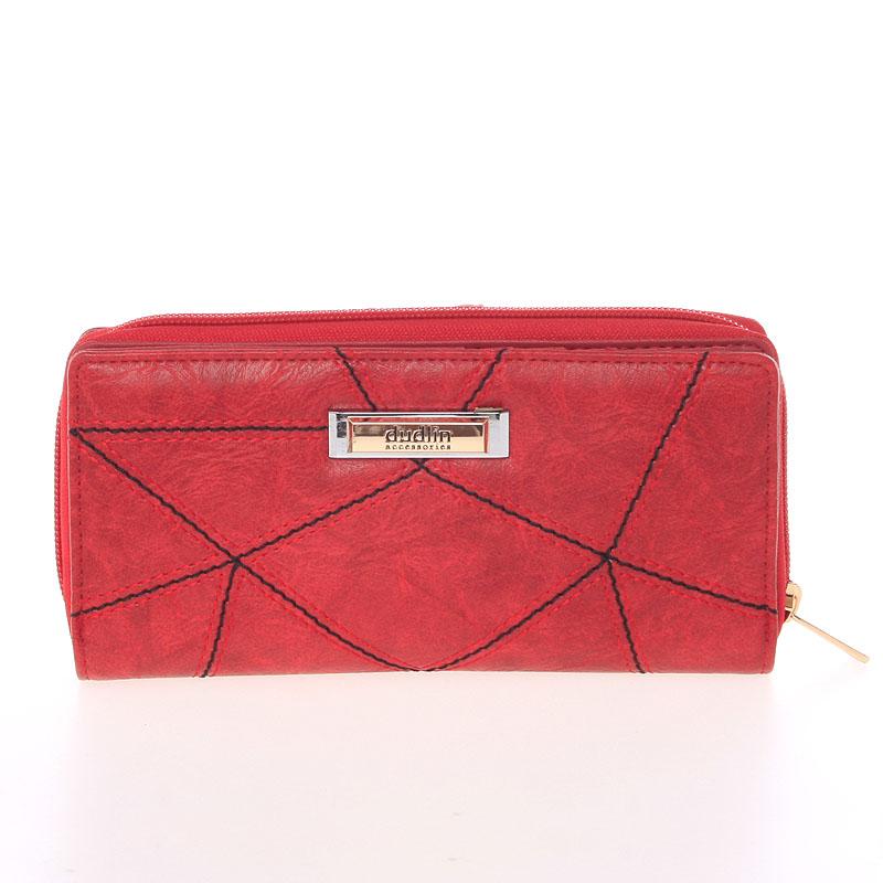 Větší prošívaná červená dámská peněženka - Dudlin M358