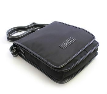Černá taška přes rameno Enrico Benetti 4470 - Kabea.cz