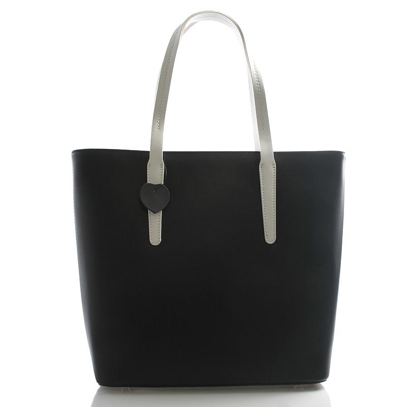 Další prostornou kabelkou pro běžné nošení je modro-bílá Gessy G7684. Na  vycházky do města se hodí i kabelky ItalY Anabela 08f46dede2b