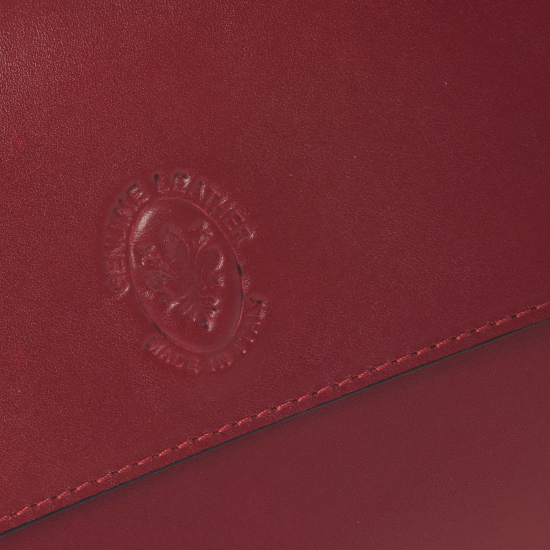 Dámská kožená crossbody kabelka červená - ItalY Marleta - Kabea.cz 2a0bc6f2db5